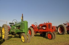 John Deere and Allis Chalmers tractors on display Royalty Free Stock Photos