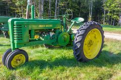 Vintage John Deere Model B Tractor. The John Deere Model B was first introduced in 1934 and remained in production with various forms until early 1951 Stock Photography