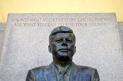 John F Kennedy Memorial chez Kennedy Plaza Photos stock