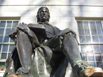 John Harvard Statue, iarda di Harvard, Cambridge, Massachusetts, U.S.A. fotografia stock