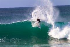 John John Florence het Surfen seq4 rechts Royalty-vrije Stock Afbeeldingen