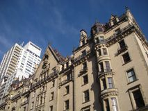 John Lennon Landmark Dakota lägenheter, Dakotaen, NYC, NY, USA arkivbild