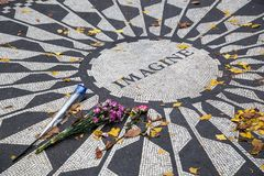 John Lennon Memorial NYC Lizenzfreie Stockfotos