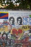 John Lennon muur in Praag royalty-vrije stock foto's