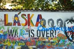 John Lennon Wall ( Johna Lennona) de ZeÄ, Praga Fotografia de Stock Royalty Free