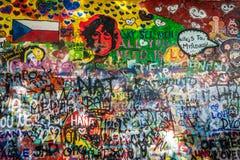 John Lennon Wall Tjeckien royaltyfria bilder