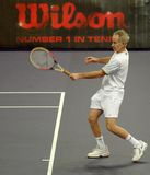 John McEnroe in acties stock foto