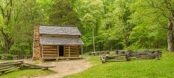 John Oliver y x27; parque nacional de Great Smoky Mountains de la cabina de s Imagen de archivo