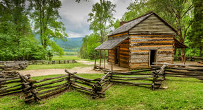 John Oliver y x27; parque nacional de Great Smoky Mountains de la cabina de s Foto de archivo libre de regalías
