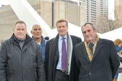 John Tory que sworning oficialmente dentro como o prefeito de Toronto 65th na câmara municipal, Toronto, Canadá Imagens de Stock