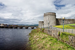 John van de koning kasteel in Limerick - Ierland. Stock Afbeeldingen