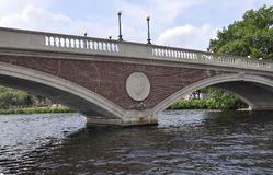 John W Wekenbrug over Charles-rivier in Massachusettes-Staat van de V.S. Stock Afbeeldingen