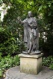 John Wesley Statue St Pauls Cathedral Londra Inghilterra Regno Unito immagine stock