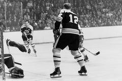 Johnny Bucyk e Wayne Cashman, Boston Bruins Fotografia de Stock