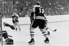 Johnny Bucyk und Wayne Cashman, Boston Bruins Stockfotografie