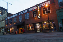 Johnny Cash-de museumbouw in Nashville van de binnenstad, TN stock fotografie