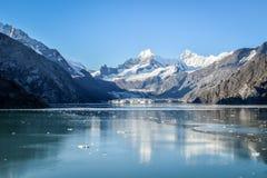 Johns- Hopkinsgletscher im Nationalpark Glacier Bays und in der Konserve, Alaska lizenzfreie stockfotografie