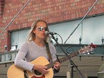 Johnson City - Plum Festival azul - desempenho musical Fotografia de Stock Royalty Free