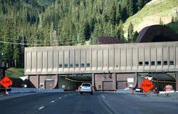 Johnson-und Eisenhower-Tunnels stockbilder