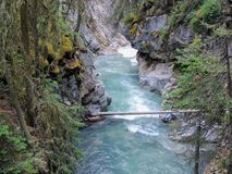 Johnston Canyon Trail, ober und niedriger Fälle, Nationalpark Banffs, Kanadier Rocky Mountains, Alberta, Kanada lizenzfreie stockfotografie