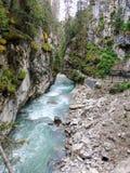 Johnston Canyon Trail, ober und niedriger Fälle, Nationalpark Banffs, Kanadier Rocky Mountains, Alberta, Kanada stockfotos