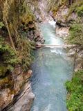 Johnston Canyon Trail, ober und niedriger Fälle, Nationalpark Banffs, Kanadier Rocky Mountains, Alberta, Kanada stockfoto
