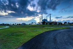 Johor Bahru, Μαλαισία - 10 Οκτωβρίου 2017: Μουσουλμανικό τέμενος του σουλτάνου Iskan στοκ εικόνες
