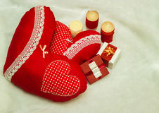 Joia feito a mão no dia do ` s do Valentim Fotos de Stock Royalty Free
