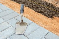Jointer während des Concretings lizenzfreies stockbild