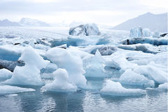 Jokulsarlon是一个大冰河湖在东南冰岛 图库摄影