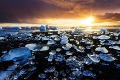 Jokulsarlon海滩冰 免版税库存图片