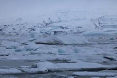 Jokulsarlon - αυστηρό χειμερινό τοπίο Στοκ Εικόνες