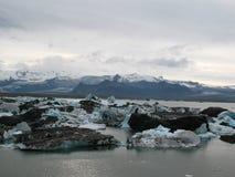 Jokulsarlon härligt icelandic landskap med glaciären Arkivbilder
