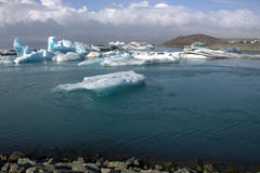 Jokulsarlon ijzige rivier en icefloat op de rivier Royalty-vrije Stock Afbeelding