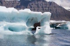 Jokulsarlon, Islanda - metà di estate iceberg di fusione dal vatnajo fotografie stock libere da diritti