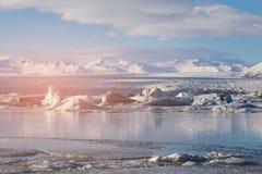 Jokulsarlon zimy sezonu wody jezioro, Iceland Zdjęcia Royalty Free
