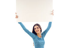 Joli femme avec le panneau-réclame Photographie stock
