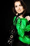 Joli femme avec le sac images stock