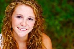 Joli sourire d'adolescente Photos libres de droits