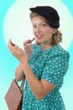 Jolie femme avec les vêtements 1940 photos stock