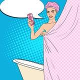 Jolie femme dans la salle de bains avec le gel de douche Soin de peau Illustration d'art de bruit Photo stock