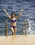 Jolie fille à la plage Photos libres de droits