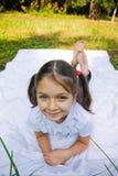 Jolie fille de lillte Photographie stock libre de droits