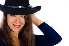 Jolie fille de pays avec un chapeau de cowboy Images libres de droits
