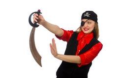 Jolie fille de pirate jugeant l'épée d'isolement sur le blanc Photographie stock