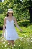 Jolie fille en nature Photos libres de droits