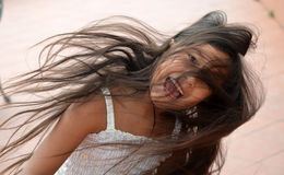 Jolie fille tournoyant photos libres de droits