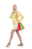 Jolie jeune femme dans l'habillement de jaune d'été Images stock