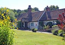 Jolie maison de pays de Kent image libre de droits