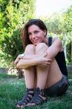 Jolie pose de fille Photographie stock